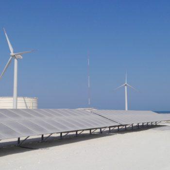 Bahrain_Solar-Windbaustelle_04